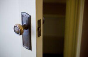 自宅玄関ドアのよくある不具合