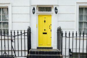 開き戸の自動ドア化は安くできる