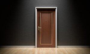 自宅ドアの豆知識|玄関ドアの幅やおすすめのドア