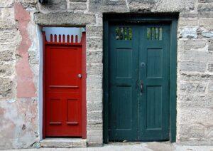 自宅玄関ドアの種類