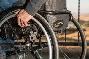 AIが車椅子ユーザーを検知する実験