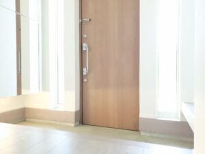 安全な玄関ドア環境を作りましょう