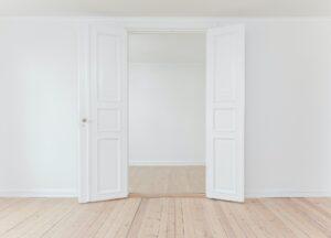 コロナ対策設備として玄関の自動ドア化